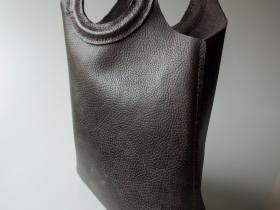 Handy taske i læder